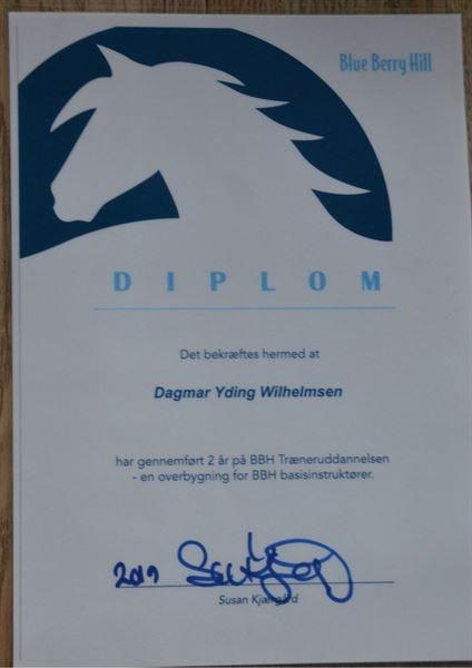 Forsiden af Dagmars diplom for gennemførelse af BBH Træneruddannelsen